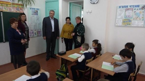 Сергей Аксёнов проинспектировал Ленинский район Республики Крым