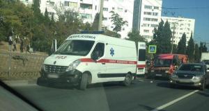 В Севастополе прямо на «зебре» сбили женщину-пешехода. Водитель-нарушитель сбежал