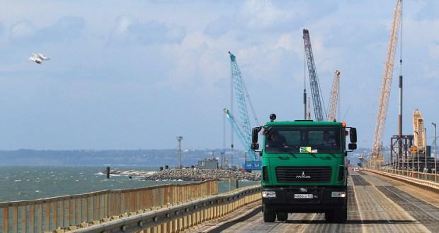 Автоподходы к Крымскому мосту будут готовы в мае