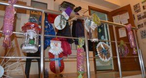 Коллекция новогодних игрушек для наряда секвойядендрона в Никитском ботаническом саду пополняется!