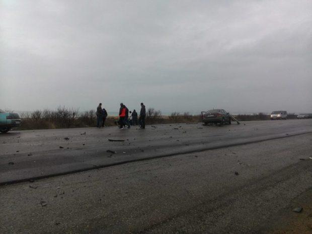 """Новогоднее чудо. В страшном ДТП на трассе """"Симферополь - Евпатория"""" никто серьезно не пострадал"""