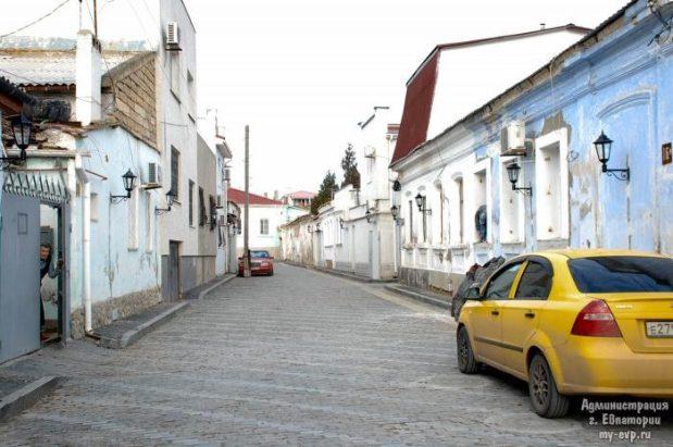 """В Евпатории продолжается реконструкция улиц турмаршрута """"Малый Иерусалим"""""""