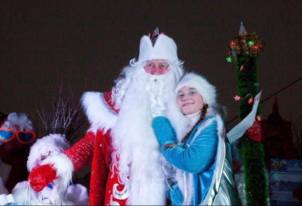 В Евпатории — фестиваль-конкурс «Санта Клаус отдыхает — на арене Дед Мороз»