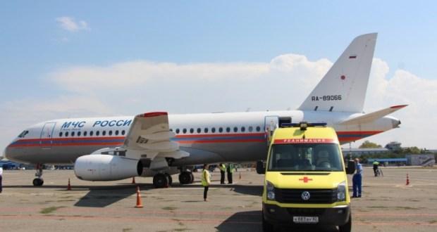 «Сухой Суперджет 100» МЧС России доставил тяжелобольных маленьких крымчан в Москву