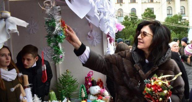 В Симферополе прошла благотворительная ярмарка