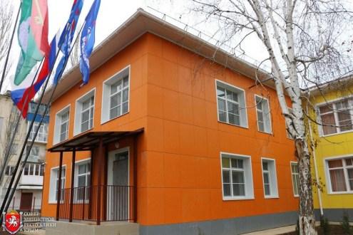 В Армянске открыли два новых детских сада