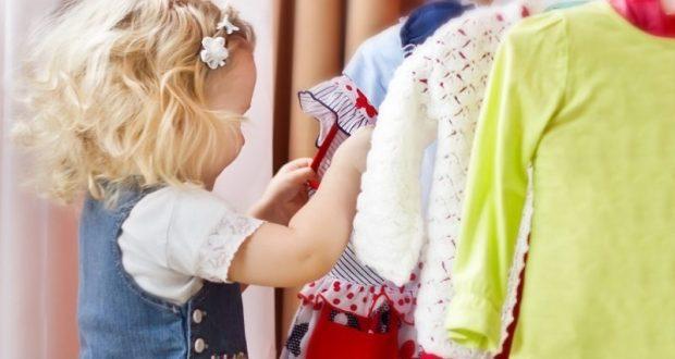 Платья для девочек: основные тренды и нарядные варианты
