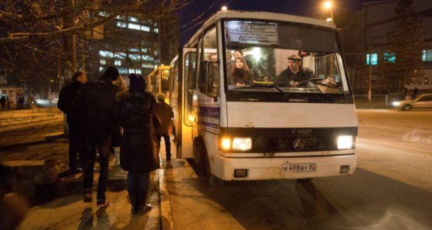 Ситуация с общественным транспортом в Симферополе лучше не стала