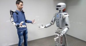 На дне открытых дверей в СевГУ гостей познакомят с роботом-космонавтом