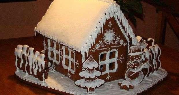 В Симферополе завершается конкурс на лучший пряничный домик