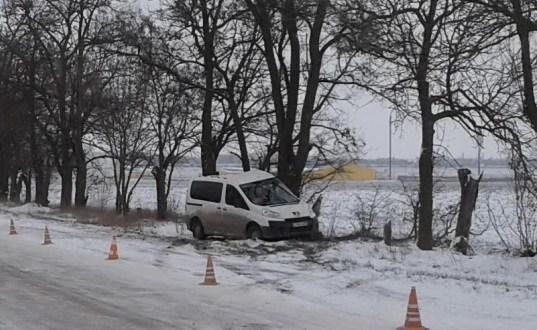 Полиция проводит проверку по факту смертельного ДТП в Красногвардейском районе Крыма