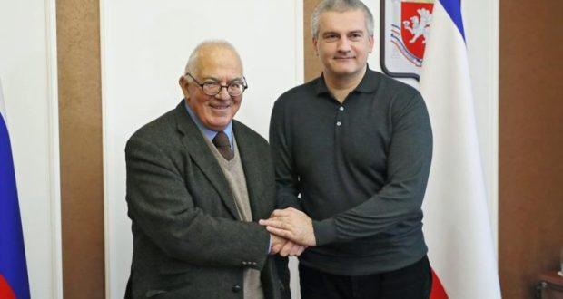 Сергей Аксёнов встретился с бывшим австралийским послом в Польше и Камбодже, писателем Тони Кевином