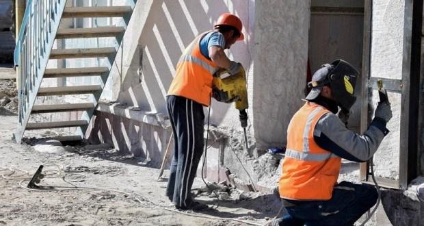 Украинские строители-нелегалы работали на стройке под Евпаторией