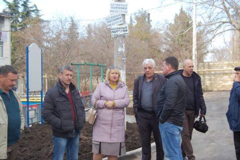Севастопольский «Доброволец» и проблемные дворы в Балаклаве. Есть результат!