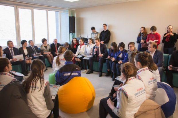 Власти, дети и СМИ проверили качество выполнения капитального ремонта лагеря «Ласпи»