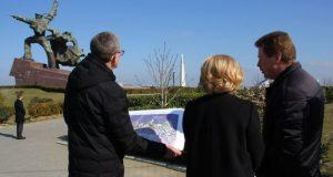 Ольга Голодец осмотрела территорию будущего парка «Защитникам Севастополя 1941–1942 годов»