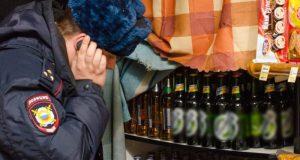 """В Крыму подвели итоги акции """"Алкоголь и табак"""". Изъяли более 1,6 тысяч литров фальсификата"""