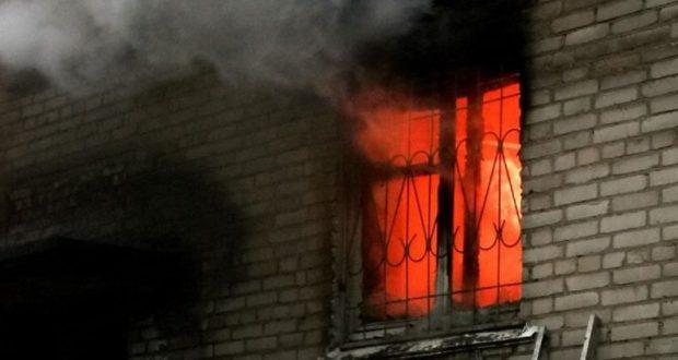 В Симферополе живут герои: Александр Борисов на пожаре спас женщину и ребёнка