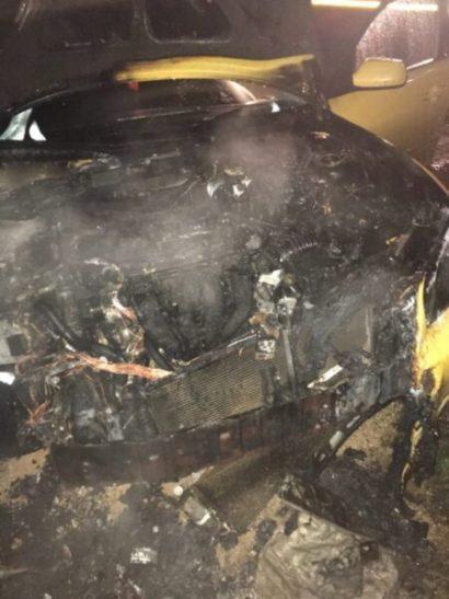 За выходные в Севастополе сгорели два автомобиля