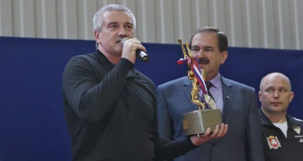Сергей Аксёнов открыл турнир по греко-римской борьбе на призы Главы Республики Крым