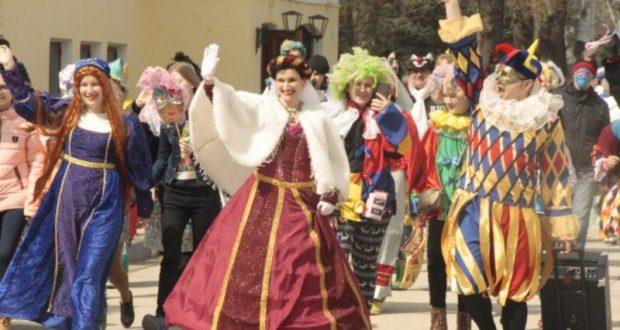 В Феодосии хотят устроить парад-маскарад