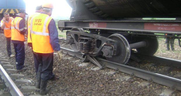 Названы причины происшествия с двумя локомотивами на Крымской железной дороге