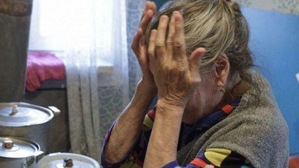 В Севастополе помощница по дому обокрала пожилую женщину