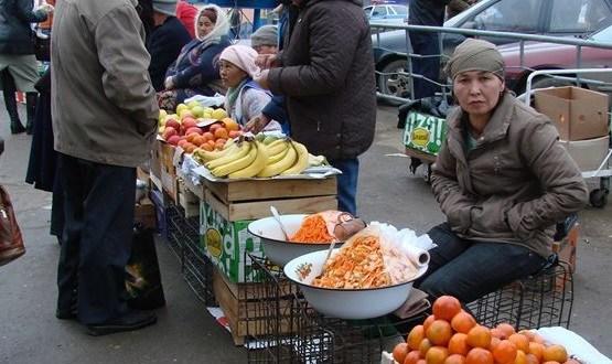 В Ялте на нелегальной торговле попались «гости» из Дагестана и Узбекистана