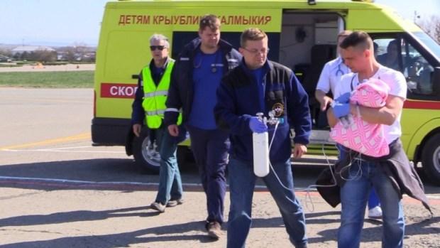 Из Крыма эвакуировали тяжелобольного новорождённого малыша