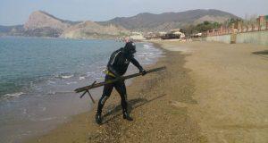 Водолазы «КРЫМ-СПАС» обследовали судакские и ялтинские пляжи