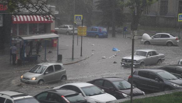 Симферопольское море. Крымскую столицу опять залило дождём