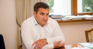 Андрей Ростенко в Москве взят под стражу до 21 июля. Сергей Аксёнов в Крыму говорит: провокация