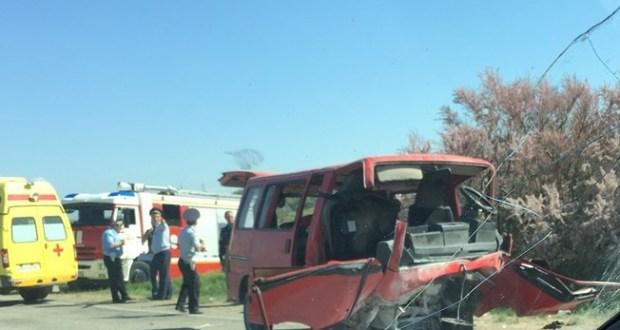 ДТП в Крыму 1 мая. Лобовое столкновение автобуса и легковушки на трассе «Симферополь – Евпатория»