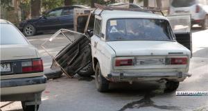 ДТП в Керчи: в районе ж/д вокзала столкнулись Volksvagen и ВАЗ