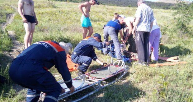 В районе Гаспры на виноградники рухнул парапланерист