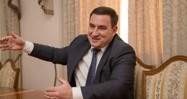 Московский городской суд оставил под стражей экс-главу администрации Ялты Андрея Ростенко