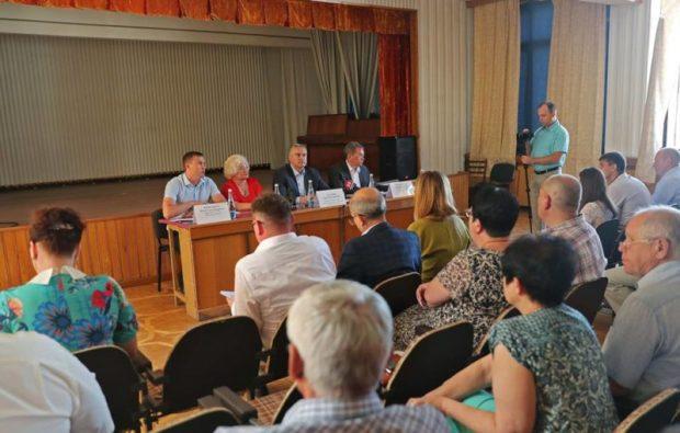Глава РК Сергей Аксёнов посетил предприятие «Крымтроллейбус» и всё проверил на месте