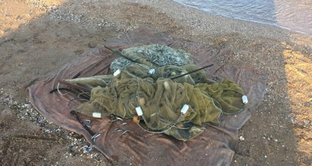На берегу Казантипского залива поймали браконьера. В его сетях нашли почти 6 тысяч рыб