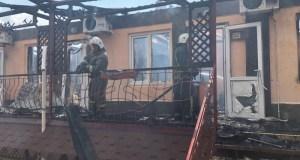 Пожар в Евпатории. Горел гостевой дом «Арсенал». Пострадали трое, среди них - ребенок