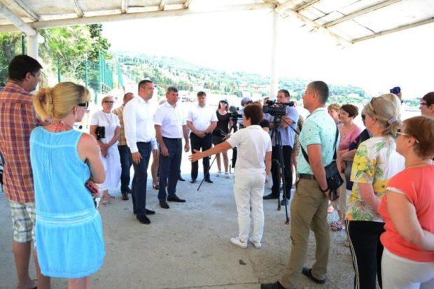 В поселке Симеиз открыт свободный доступ на пляж «Башмак»