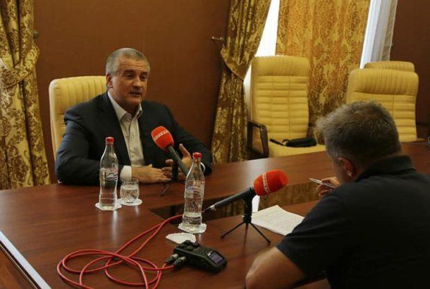 Все идеи и концепции по развитию Крымского полуострова должны быть реалистичными