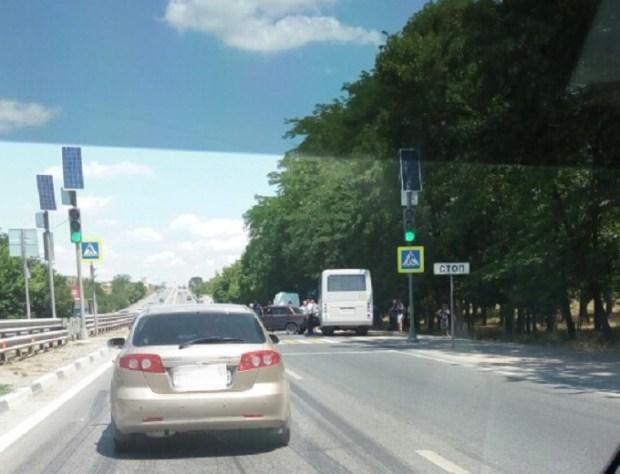 ДТП с автобусом на трассе «Симферополь – Бахчисарай». Пробка, потерянное время пассажиров