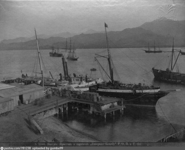 В Крыму дайверы на затонувшем пароходе нашли картины. Возможно - Ивана Айвазовского