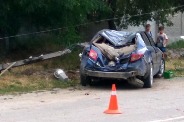 ДТП в Белогорске. «Mazda» - в столб