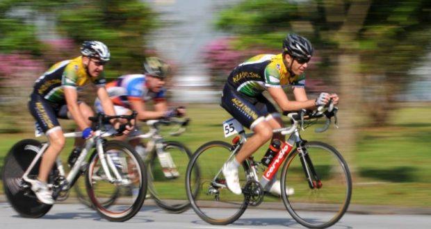 В Феодосии - пятидневная юношеская велогонка