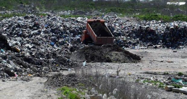 Правительство Крыма решило потратить один миллиард рублей на рекультивацию свалки в Каменке