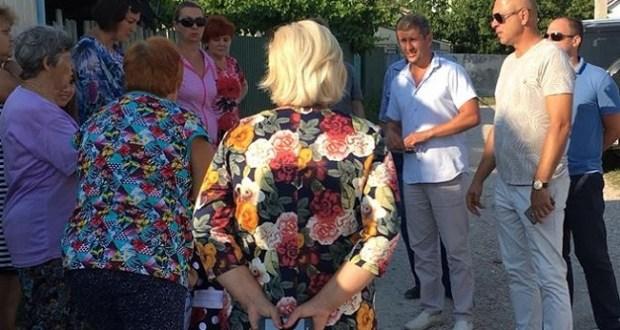 Депутатский десант «Добровольца» - в севастопольском поселке Сахарная Головка