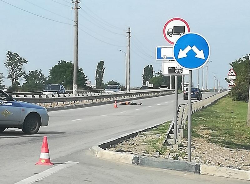На дорогах Крыма сбивают пешеходов. Днем и ночью