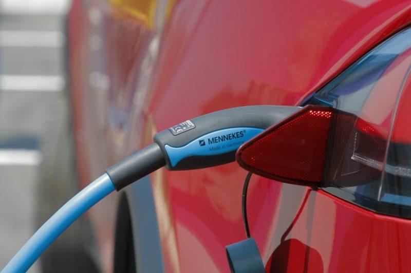 В Севастополе открылась первая АЗС для электромобилей