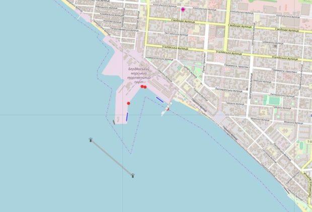 В Киеве утверждают: Мариуполь взят в морскую блокаду